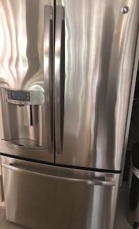 Brand new GE refrigerator (one being sold still in box) Great Falls, 22066