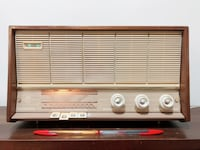 RADIO DE MADERA VÁLVULAS PHILIPS B4E26A, ANTIGUA. Madrid, 28003