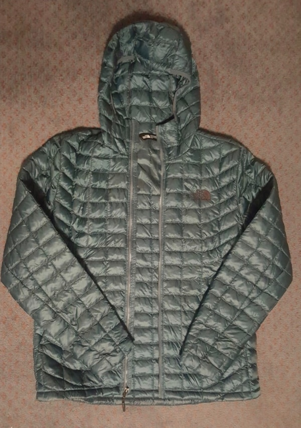 TNF Men's Thermoball Hoodie - Size M