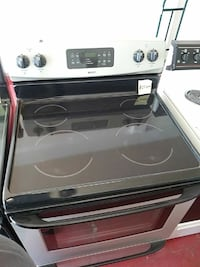 Kenmore Electric stove Cleveland, 44102