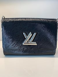Authentic Twist Louis Vuitton  Toronto, M5V
