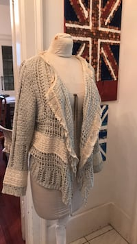 Beautiful lace jacket Vancouver, V6H 1S7