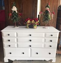 white wooden dresser with mirror Paso Robles, 93446