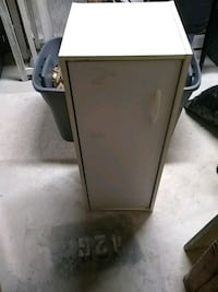 End table good condition don't need Haverhill, 01835