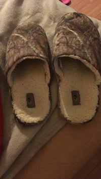 Pair of mossy oak slippers Montpelier, 43543