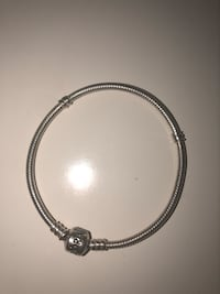 silver-colored chain bracelet Toronto, M1K 4P5
