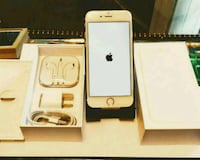 Iphone 6 in box with charger and earplugs..Unlocke Saint Charles, 20602