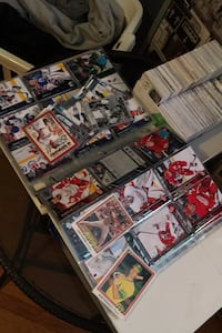 Hockey and baseball cards  Mississauga, L4W 3C1