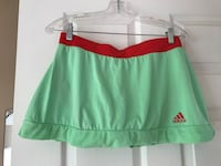 Green and orange tennis skirtM,L Laval, H7T 1Z8