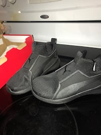 Pair of black nike low-top sneakers Washington, 20376