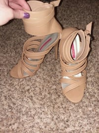 Nude ankle strap SIZE 8 Portland, 97233
