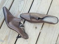 brown leather kitten heeled pointed toe clogs Salem, 01970