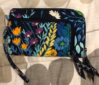 black and blue floral quilt wristlets District Heights, 20747