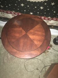 round brown wooden coffee table Tampa, 33604