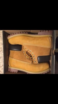 Pair of brown timberland work boots Annandale, 22003