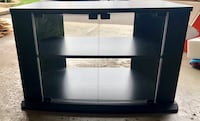 Beautiful tv stand like new Pickering, L1V 5E9