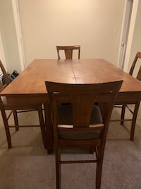 rectangular brown wooden table with four chairs dining set Norfolk, 23503