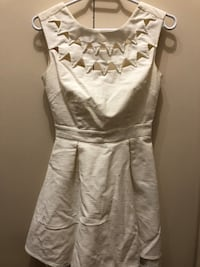 Women's white dress (back open) - size small Vancouver, V6L 2P1