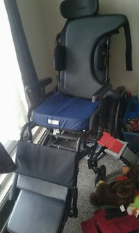 full size medical chair Edmonton, T6K 0P6