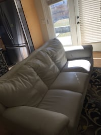 black leather 3-seat sofa Calgary, T3H 5S5
