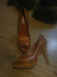 women's pair of brown Aldo leather peep-toe heeled shoes Calgary, T2K