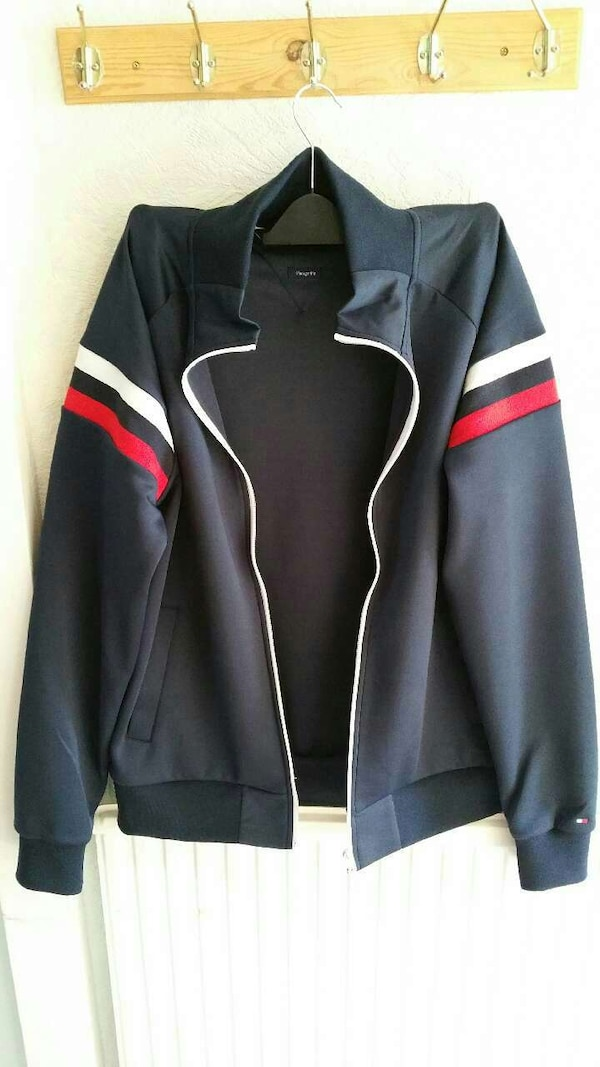 f4aa74706ed Used Tommy Hilfiger jacket for sale in Мансфилд - letgo