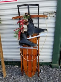 Vintage sled with black skates Hagerstown, 21740
