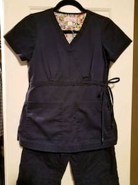 Koi scrubs top/petite bottoms  Martinsburg, 25401