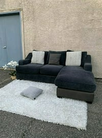 Gorgoues Dark Blue & Grey Sectional • Delivery available •