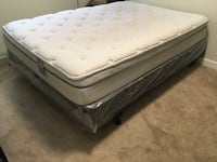 Queen Size Bed, Box spring, metal frame w/ wheels Washington, 20019