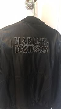 Leather Harley Jacket.   like new text  [PHONE NUMBER HIDDEN]  Danvers, 01923