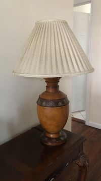 Brown and beige table lamp East Islip, 11730