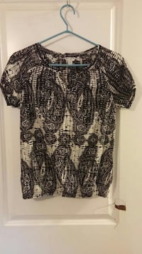 women's black and white printed scoop-neck blouse Lakeshore, N0R 1A0