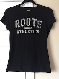 Roots black tee size XP