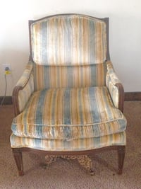 Upholstered arm chairs West Bloomfield, 48322