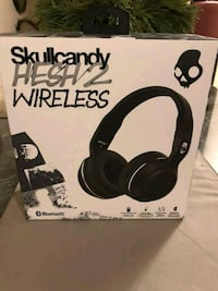 black Skullcandy Hesh 2 wireless headphones box Toronto, M9B 5Z2