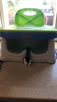 Fisher price booster seat Coquitlam, V3J 3P8