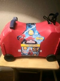 red and black ride on & suitcase spiderman toy car Marion, 52302