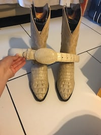 8 1/2 alligator boots with belt Rome, 30161