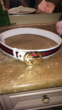 3 weeks old Gucci belt Whitby, L1M 2E5