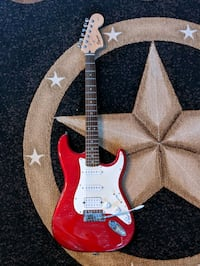"""Affinity """"Fat Strat"""" electric guitar"""