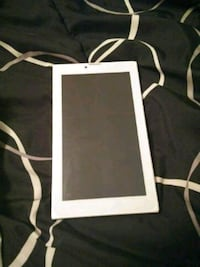 I'm selling a phablet (phone and tablet in one) Greenville, 27858