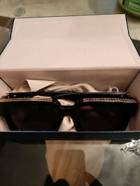 Louis Vuitton sunglasse Toronto, M9N 2A3