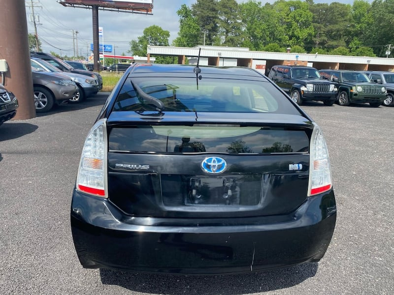 Toyota-Prius-2011 065283ba-0054-400c-aafd-a525308aa41a
