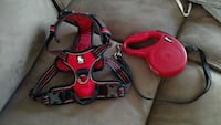 Dog harness and retractable leash 414 mi