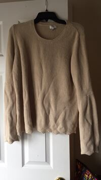 gray scoop-neck sweater Myrtle Beach, 29579