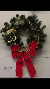 2 CHRISTMAS WREATHS Pickering, L1X 2T4
