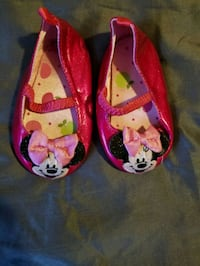 Disney minnie shoes - 18-24M Toronto, M6M 4E1