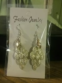 Silver-colored earrings Redding, 96002