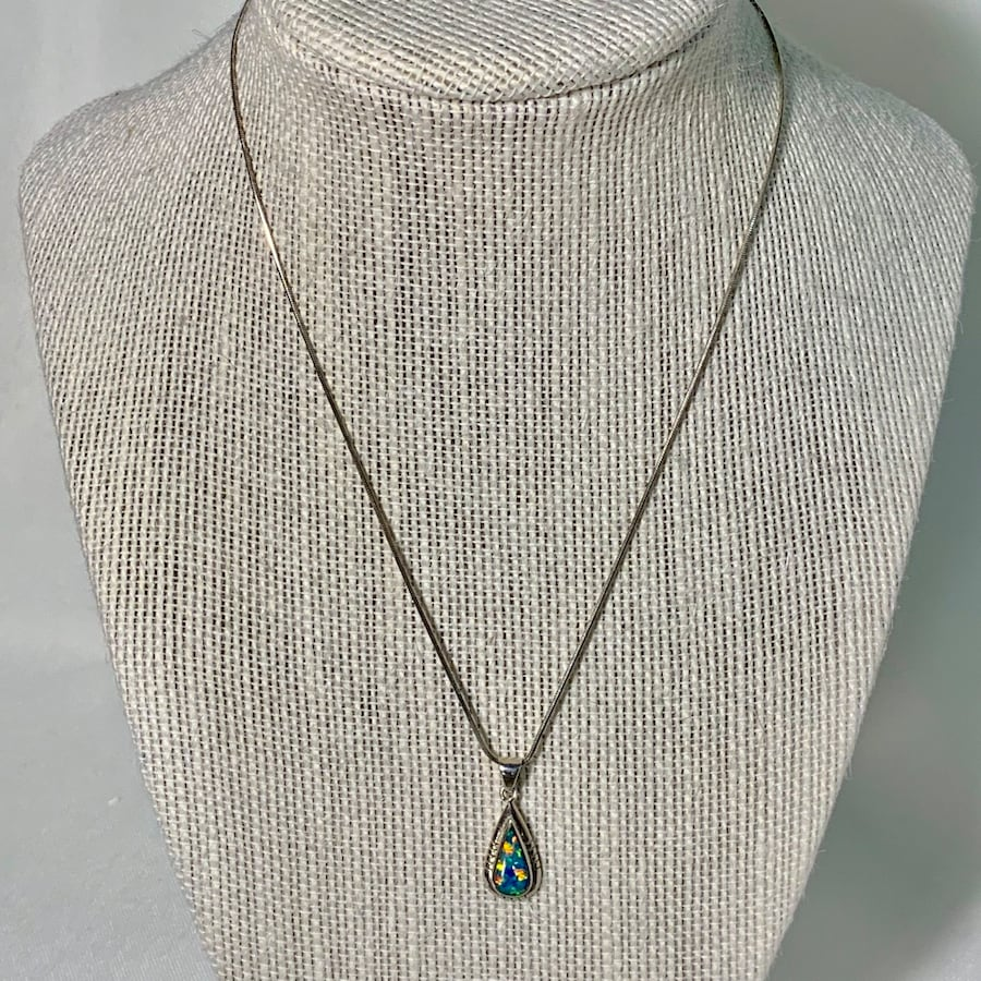 Genuine Navajo  Sterling Silver Opal Pendant with Sterling Rope Chain 94f3ffb6-fb2f-4fcd-8668-160569729875
